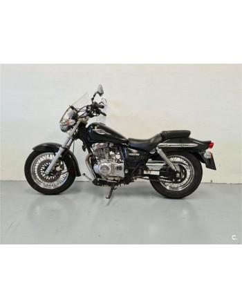 SUZUKI Marauder 250 - 950 €